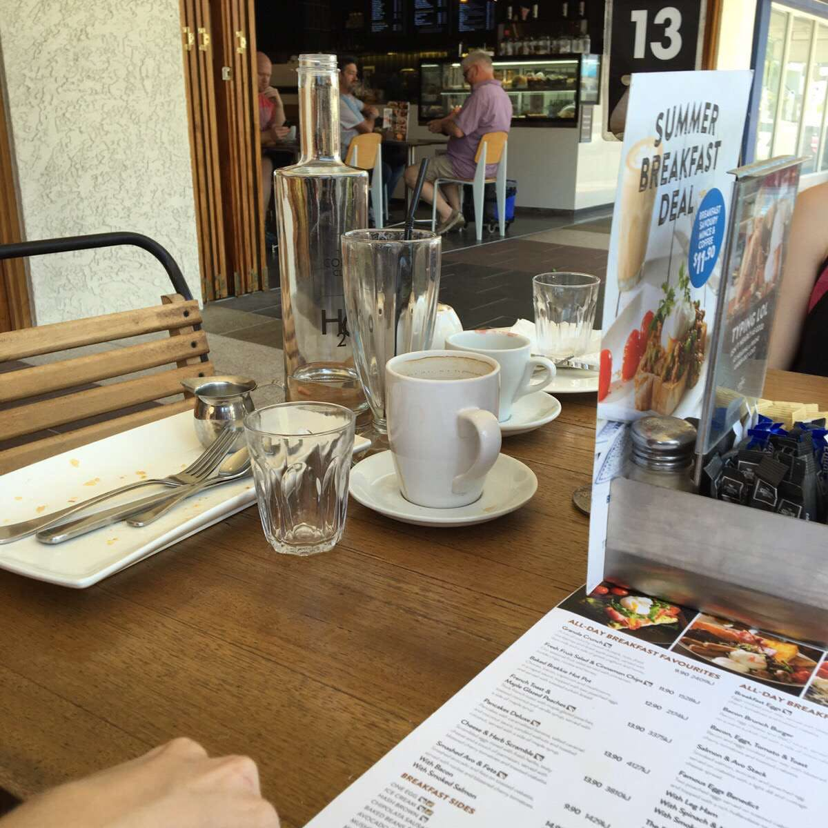 The Coffee Club - Grand Hotel - Gladstone - Pubs and Clubs