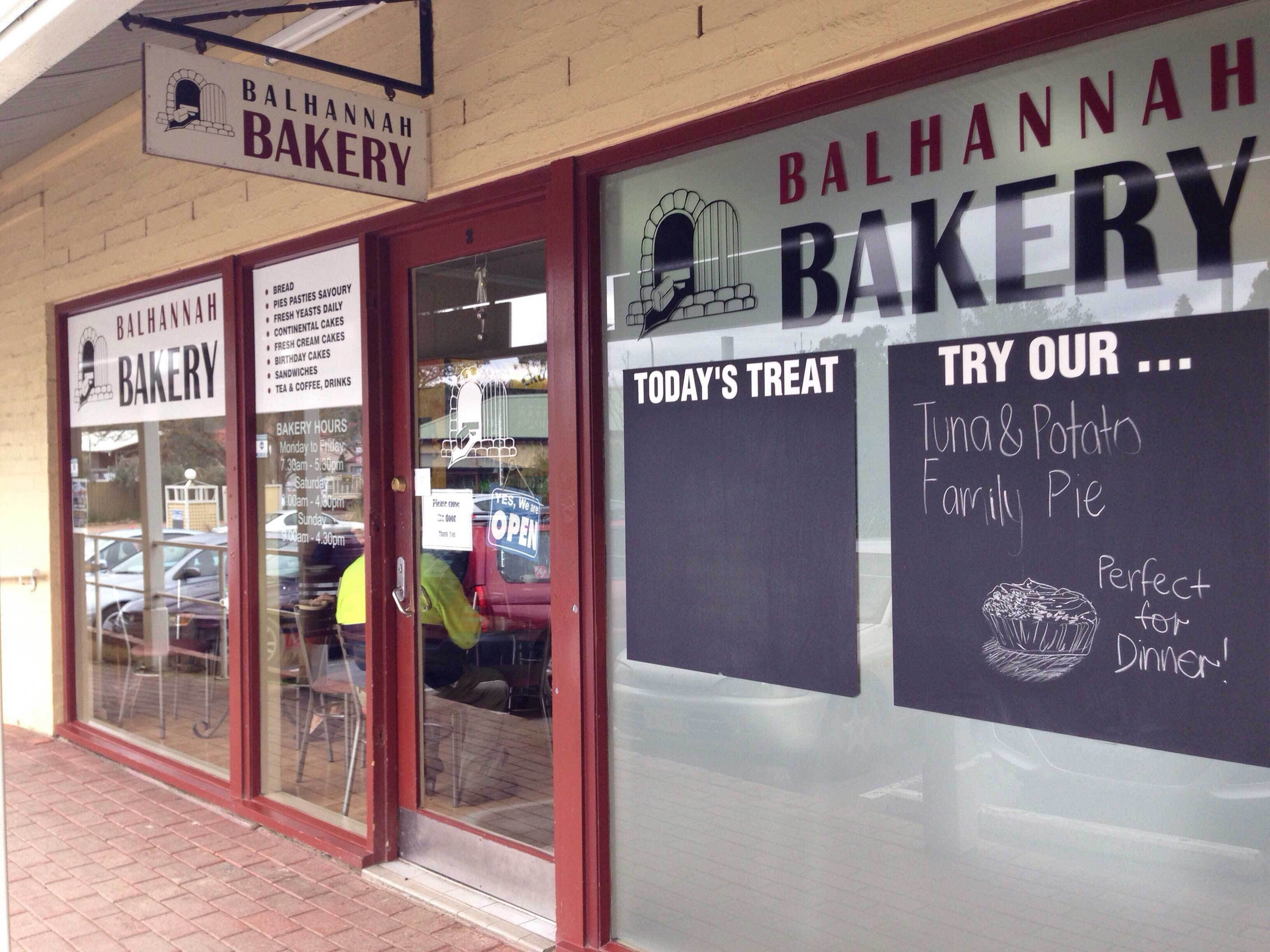 Balhannah Bakery - Pubs and Clubs