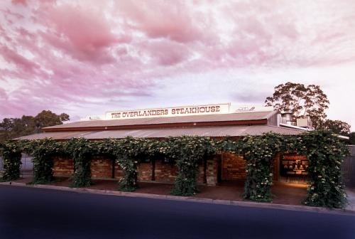 The Overlanders Steakhouse - Pubs and Clubs