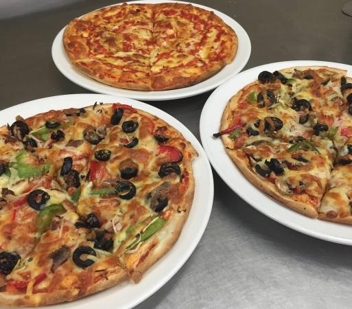 Sammys Pizza Family Restaurant - Pubs and Clubs