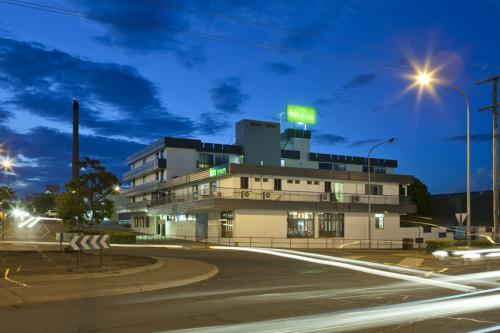 Ibis Styles Mount Isa Verona - Pubs and Clubs