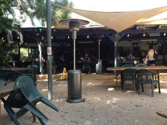 Territory Manor Mataranka - Pubs and Clubs