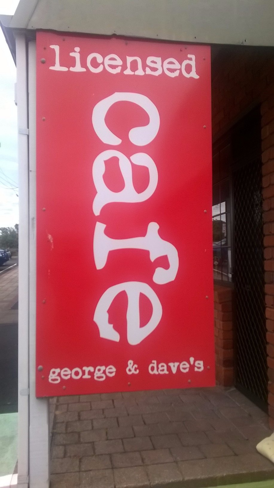 George And Dave's - Pubs and Clubs