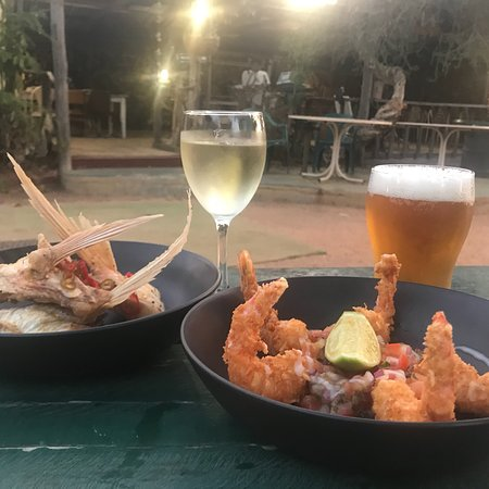 Finlay's Kalbarri - Pubs and Clubs