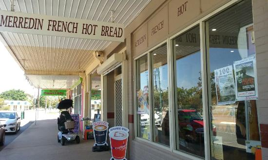 Merredin French Hot Bread Shop - Pubs and Clubs