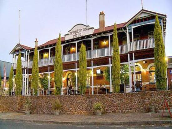 Pemberton BEST WESTERN Hotel - Pubs and Clubs