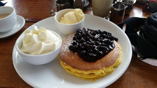 Pancakes at the Port - Pubs and Clubs