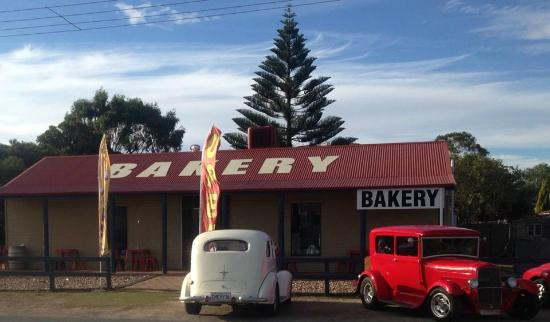 Robe Bakery Rosetown - Pubs and Clubs