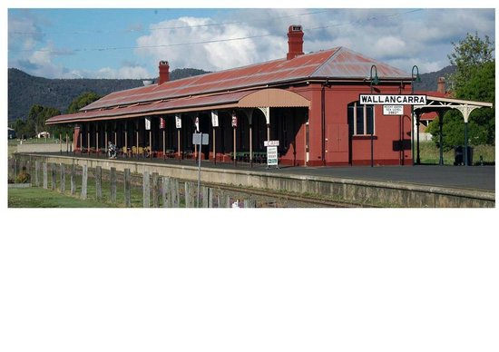 Wallangarra Railway Cafe - Pubs and Clubs