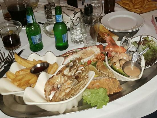Ashmore Seafood and Steakhouse - Pubs and Clubs