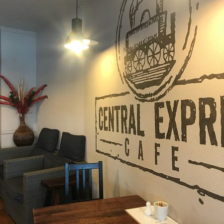 Central Express Cafe - Pubs and Clubs