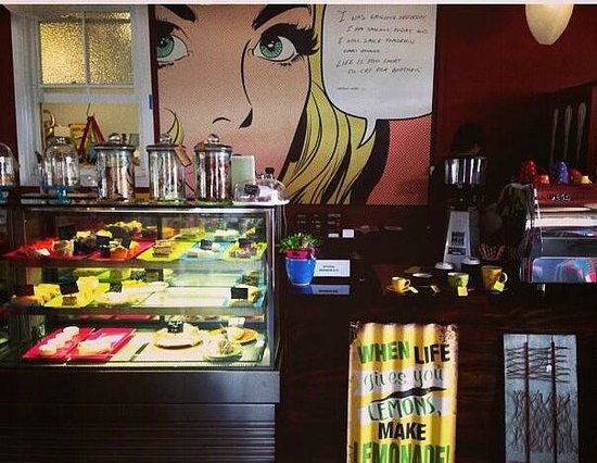 Giallo Espresso - Pubs and Clubs