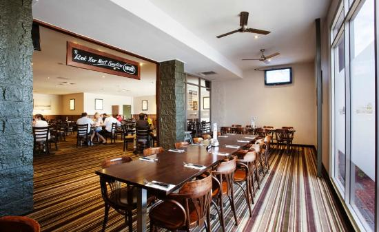 Graziers Steakhouse - Dalrymple Hotel - Pubs and Clubs