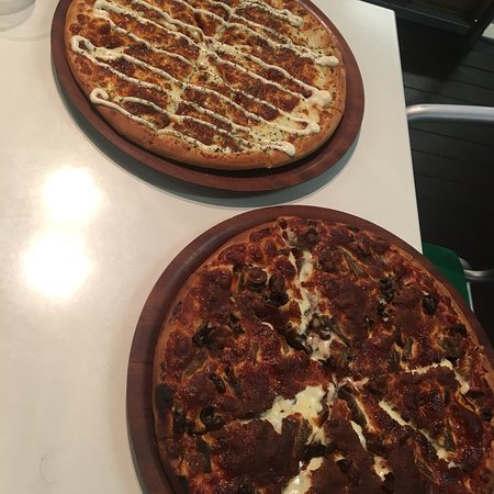 Canungra Pizza - Pubs and Clubs