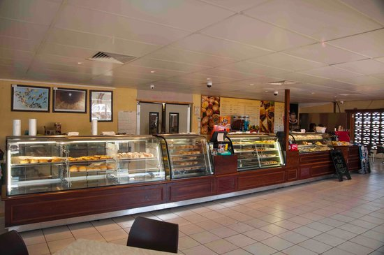 Cloncurry Bakery - Pubs and Clubs