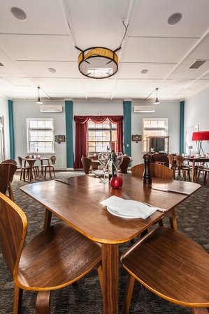 Daphne Mayo Dining Room - Pubs and Clubs