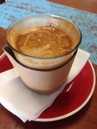 Trolley Coffee Gordonvale - Pubs and Clubs