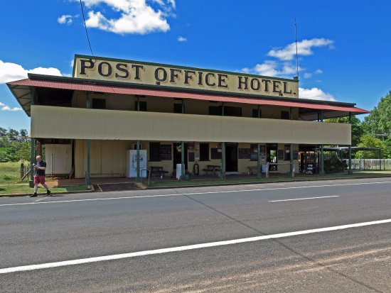 Post Office Hotel - Pubs and Clubs